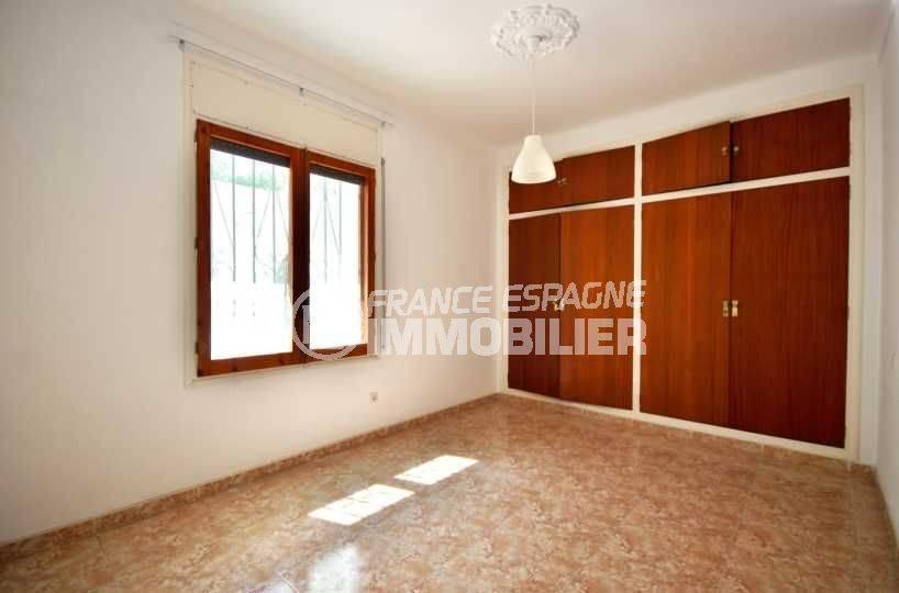 appartement a vendre a rosas, 105 m², petit prix, vue chambre 1