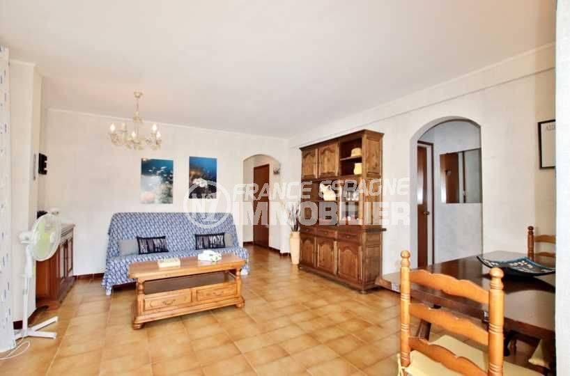 appartement a vendre costa brava, atico 65 m², terrasse 23 m², proche plage