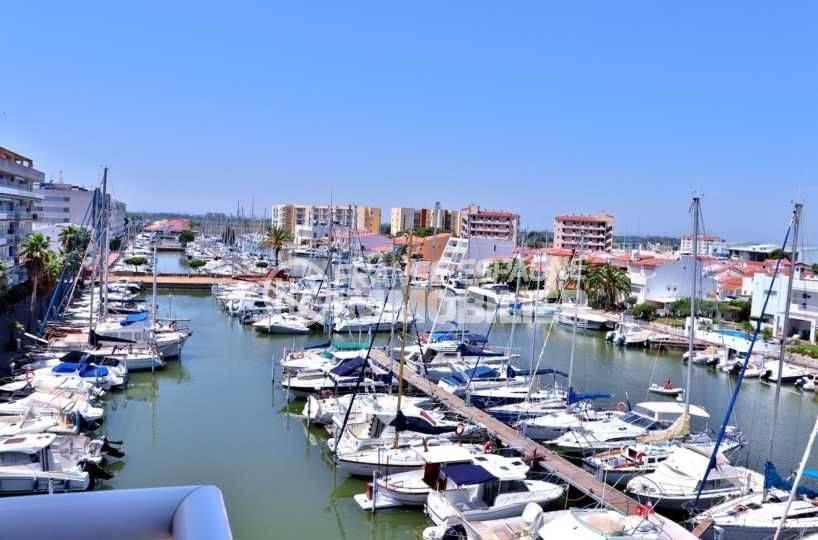 immo center roses - appartement santa margarita terrasse vue marina
