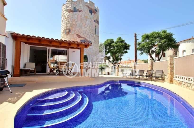 Maison Empuriabrava, Atypique avec piscine