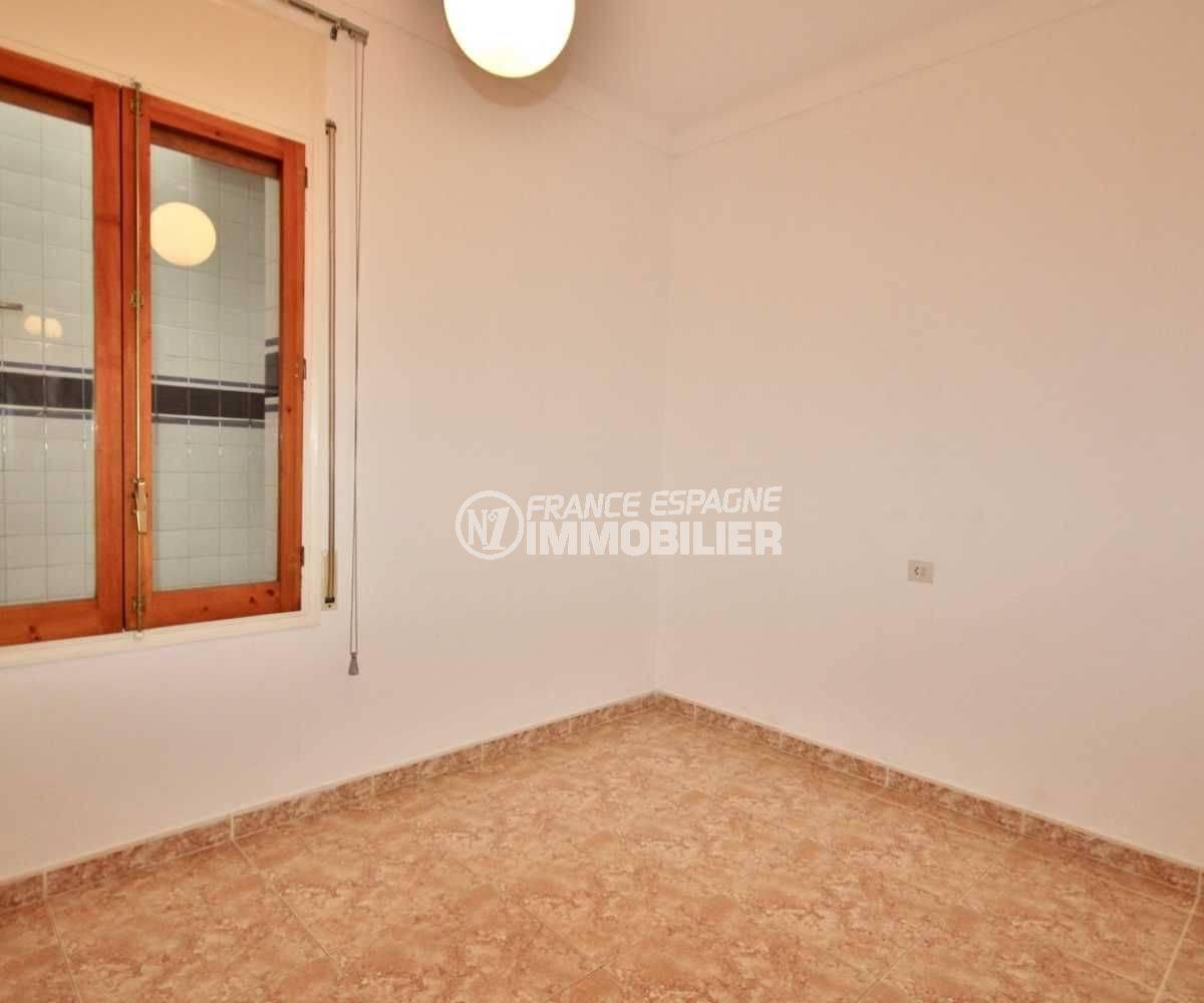 achat appartement rosas: 105 m², petit prix, vue chambre 2