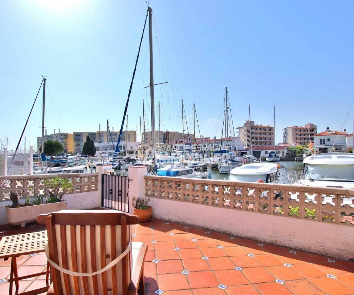 santa margarita: villa 2 chambres à vendre, terrasse 39 m², vue canal
