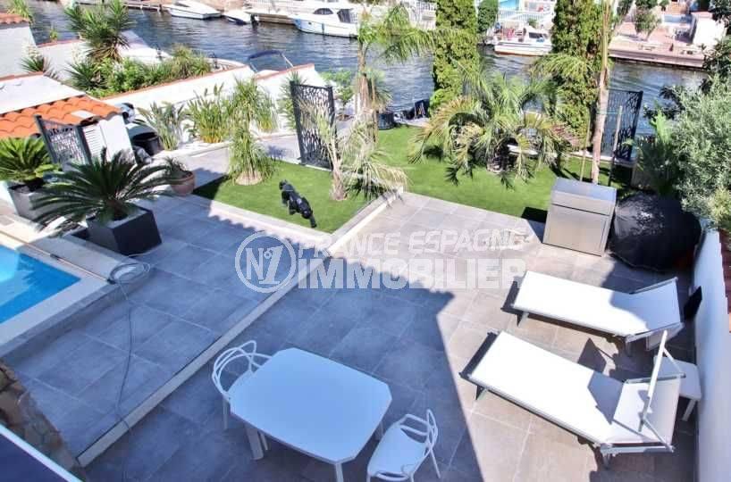 agence immobiliere francaise empuriabrava, vend villa standing avec piscine & amarre