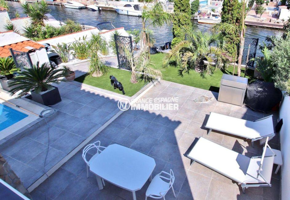 acheter maison empuriabrava, ref.3720, vue sur l'espace extérieur avec accès à l'amarre