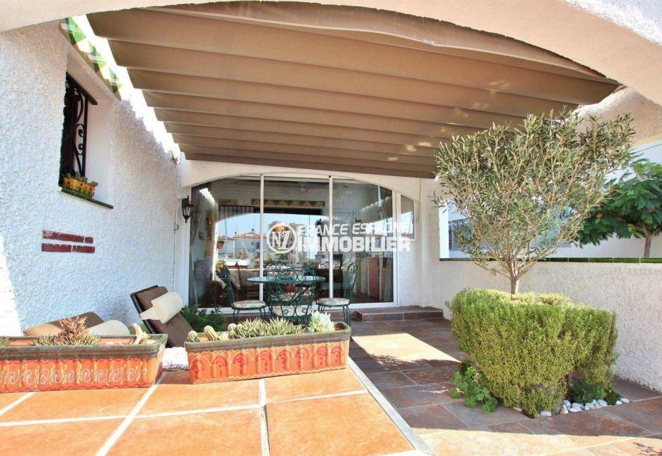 vente maison costa brava, 2 chambres, terrasse 39 m², vue canal