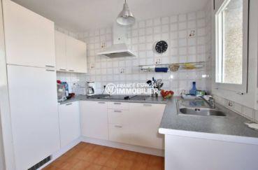agence immobilière empuriabrava: 2 chambres 54 m², coin cuisine aménaée