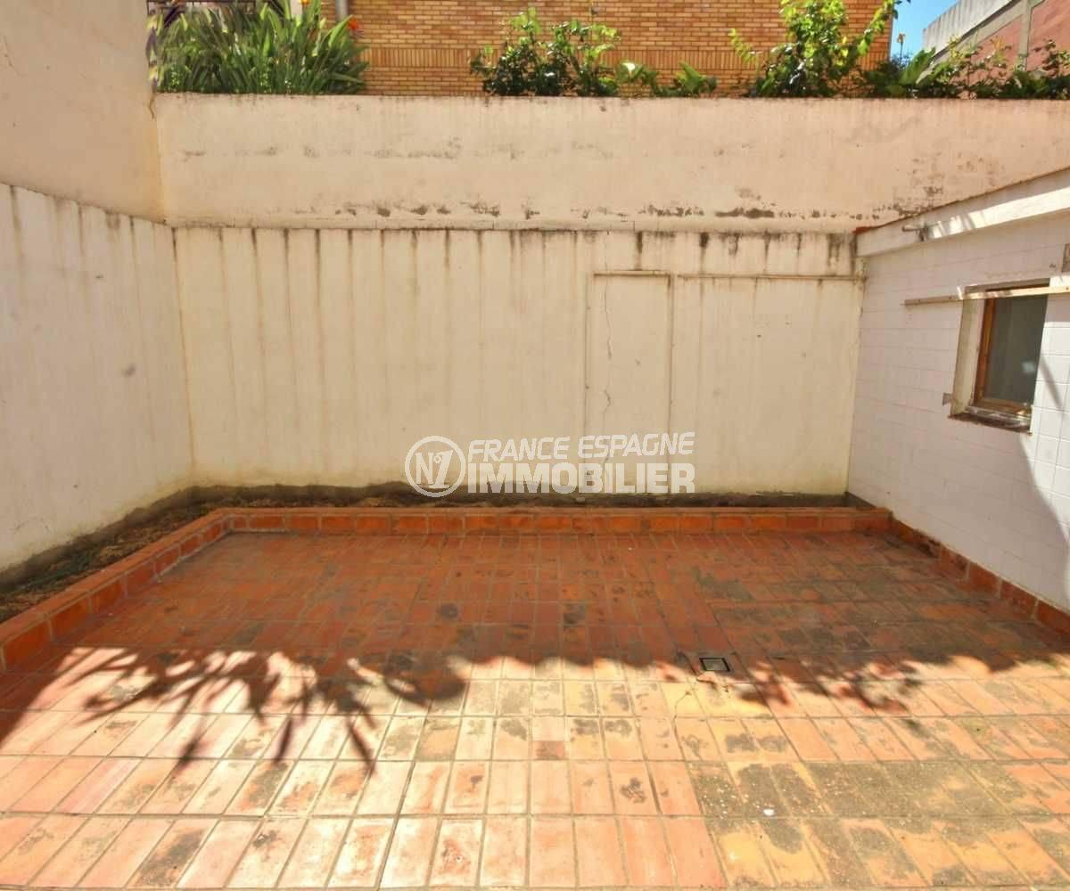 agence immobiliere rosas santa margarita: appartement 105 m2, vue sur le patio