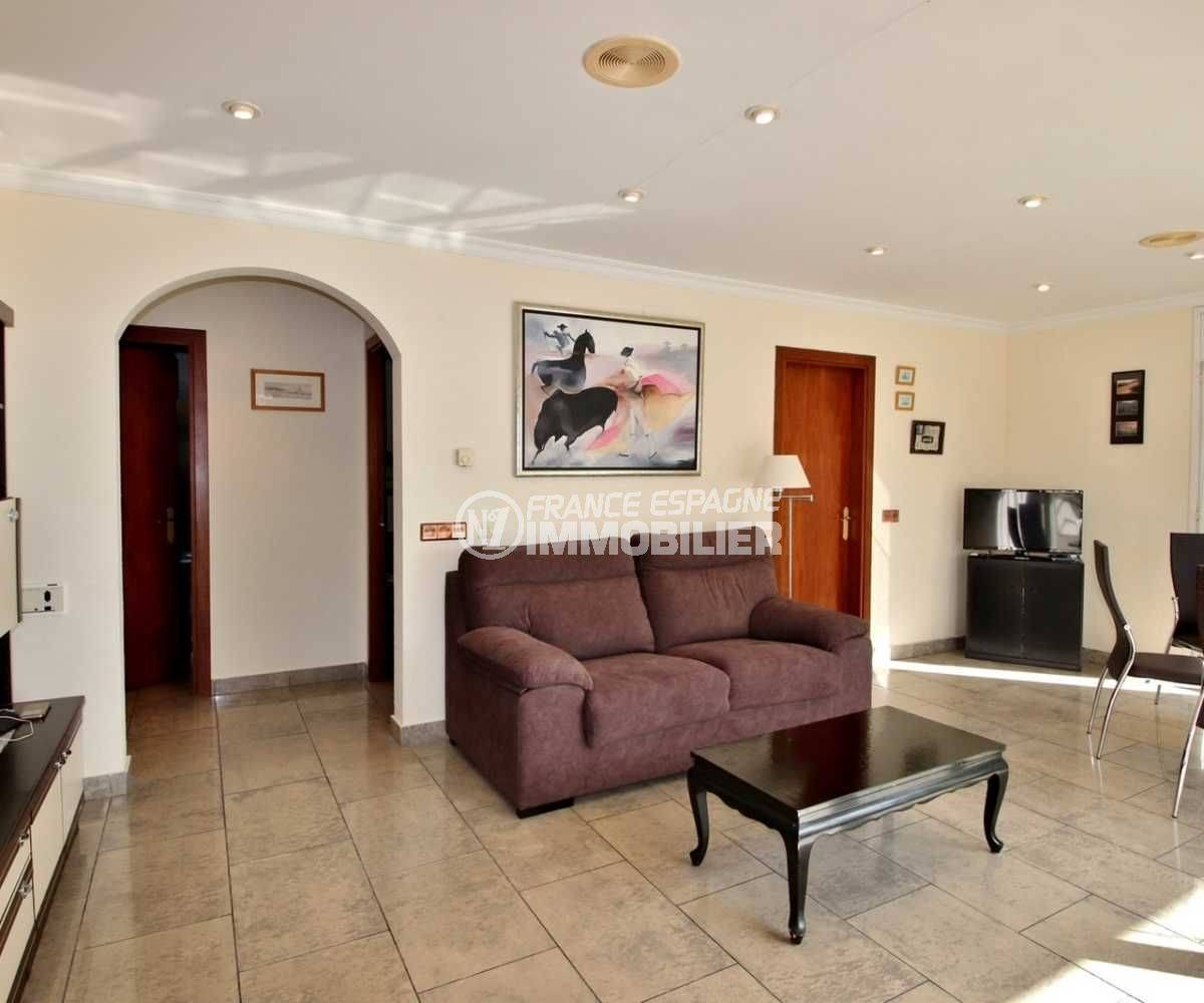 maison a vendre espagne, ref.3713, vaste séjour / salle à manger lumineux