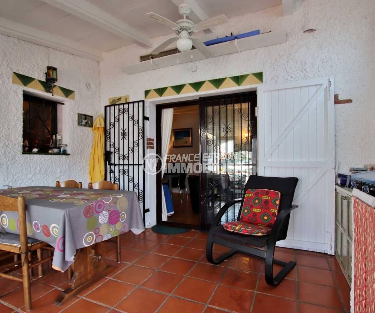 maison a vendre costa brava, terrasse 39 m², vue canal, piscine en commun