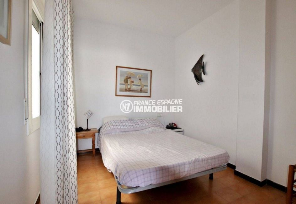 appartement à vendre empuriabrava: terrasse 9 m² vue canal, 2 amarres