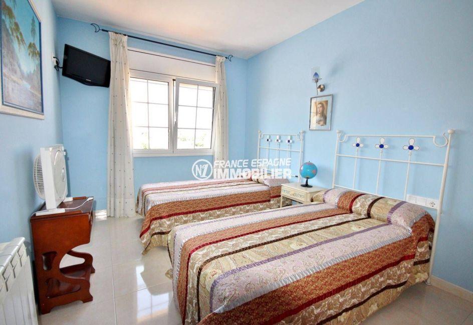 maison a vendre a empuriabrava, 188 m², troisième chambre avec 2 lits simples