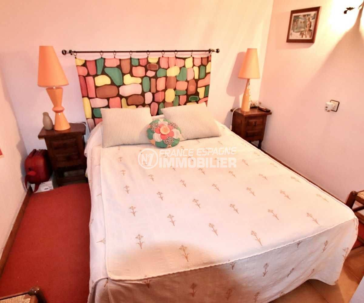 immo costa brava: villa 2 chambres, terrasse 39 m², vue canal, piscine en commun