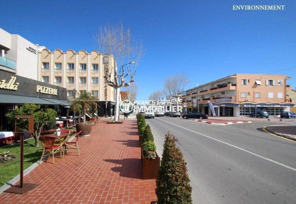marina empuriabrava: appartement ref.3286, commerces et restaurants vers la plage