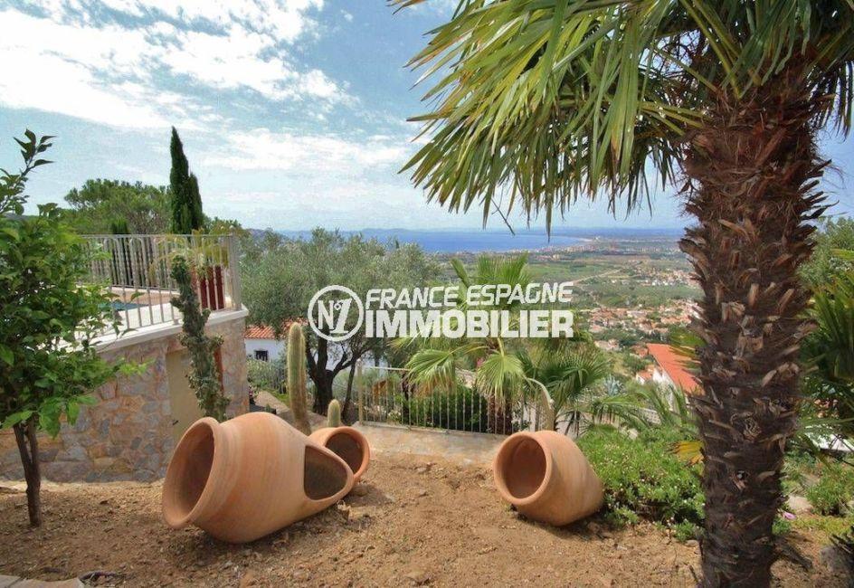 agence immobilière costa brava: villa de 274 m², aperçu des extérieurs vue mer imprenable
