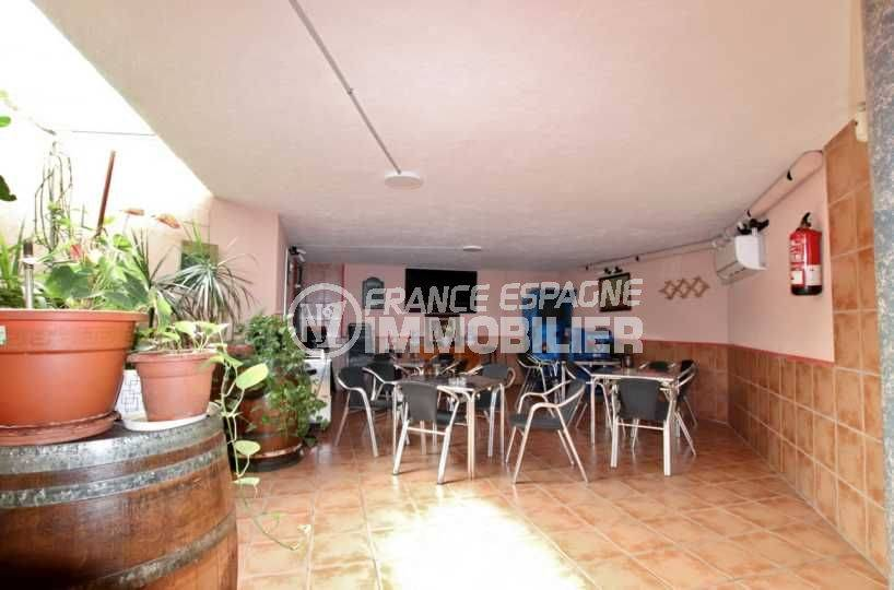 agence rosas: commerce de 80 m² sur 2 étages à santa margarita, rénové et climatisé