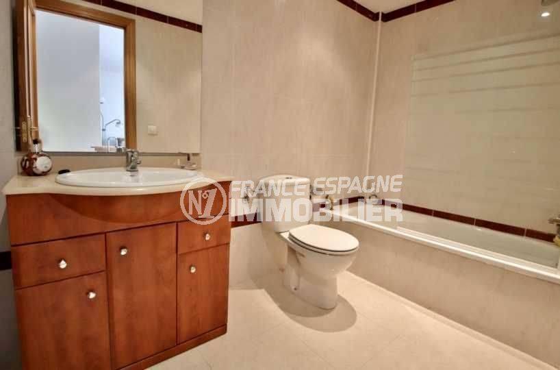 immobilier roses espagne: appartement ref.3745, la salle de bains