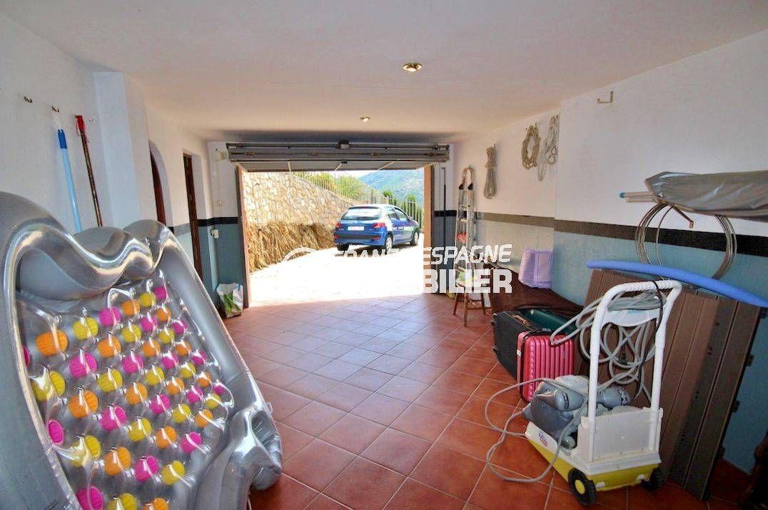 immo center rosas: villa 274 m², garage avec parking cour intérieure