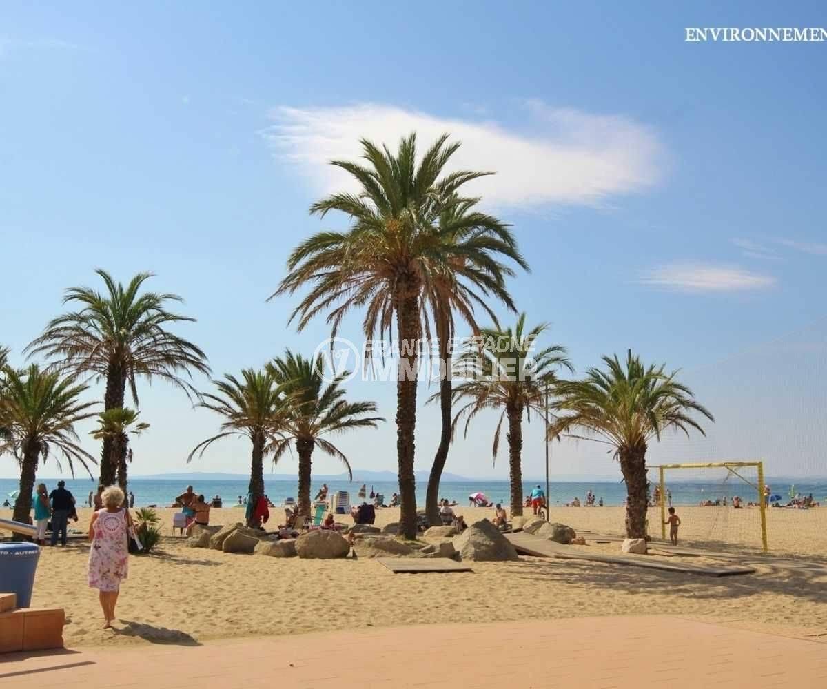 immobilier roses: appartement ref.3748, aperçu de la plage de santa margarita aux alentours