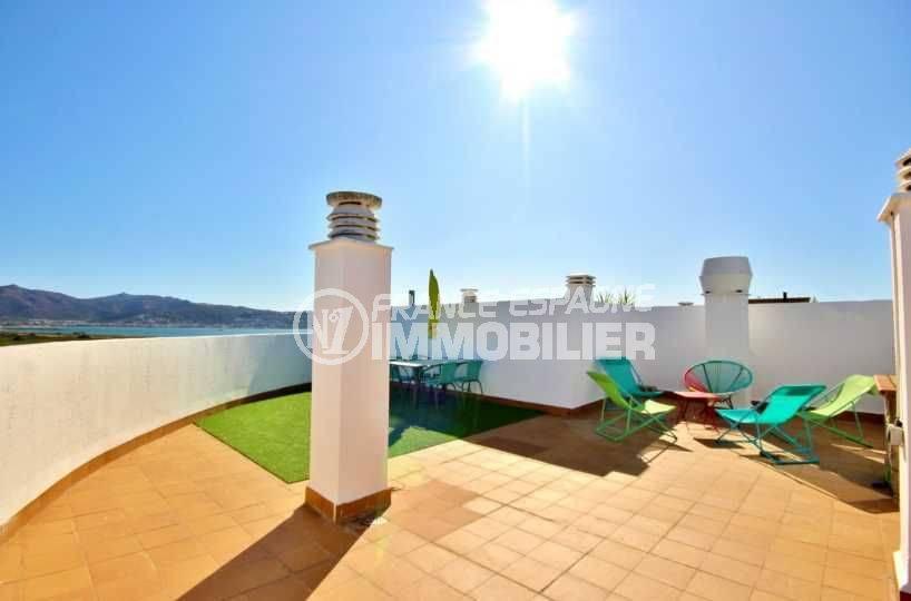 Terrasse solarium vue mer Empuriabrava