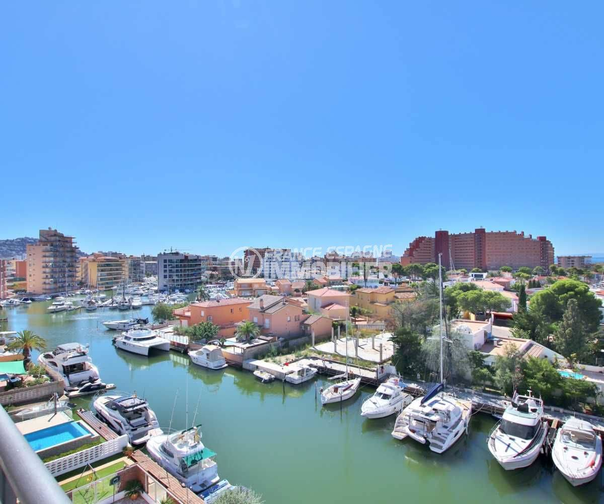 immo roses: appartement ref.3756 à Santa Margarida, vue canal