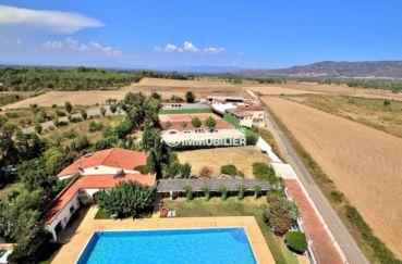 vente appartement rosas, studio avec piscine, secteur résidentiel, proche plage, petit prix