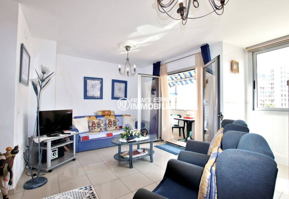 immobilier costa brava: appartement ref.3749, aperçu du coté salon