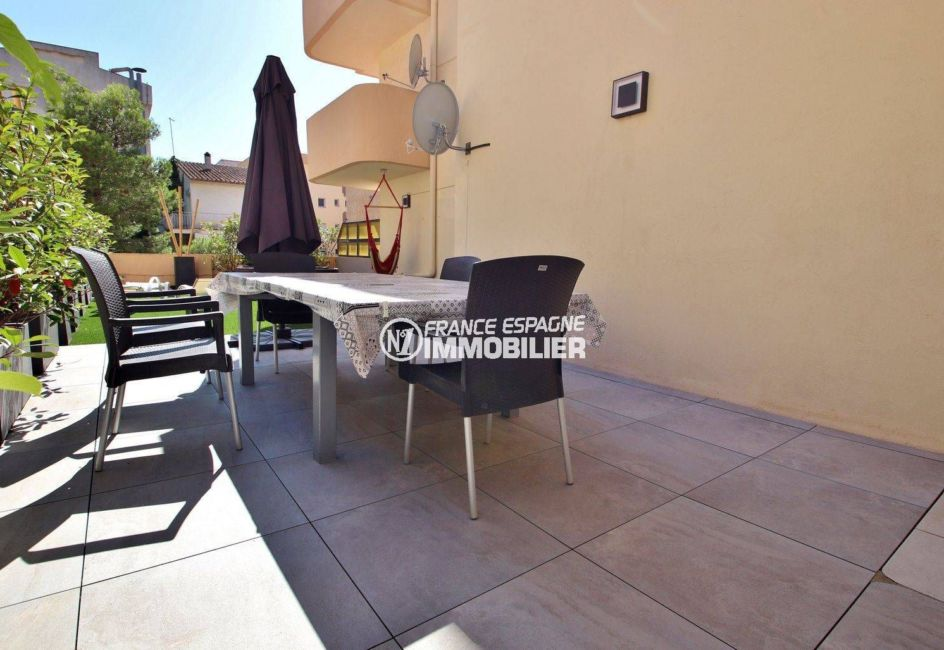 agence immobiliere rosas: appartement ref.3760, terrasse avec coin repas