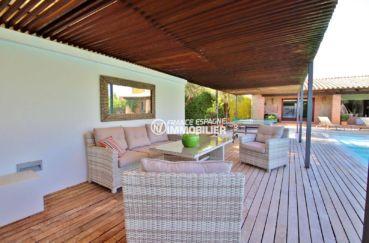 peralada espagne: villa 362 m² terrain 1231 m², espace détente près de la piscine