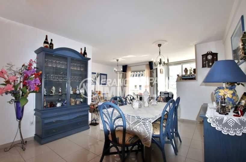 immobilier rosas: appartement ref.3749, vue générale salle à manger et salon en arrière plan