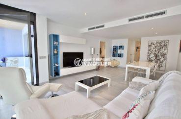 immobilier rosas: appartement ref.3768, vue latérale du séjour / salle à manger