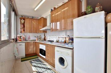 agence immo rosas: appartement ref.3749, cuisine indépendante ouverte et aménagée
