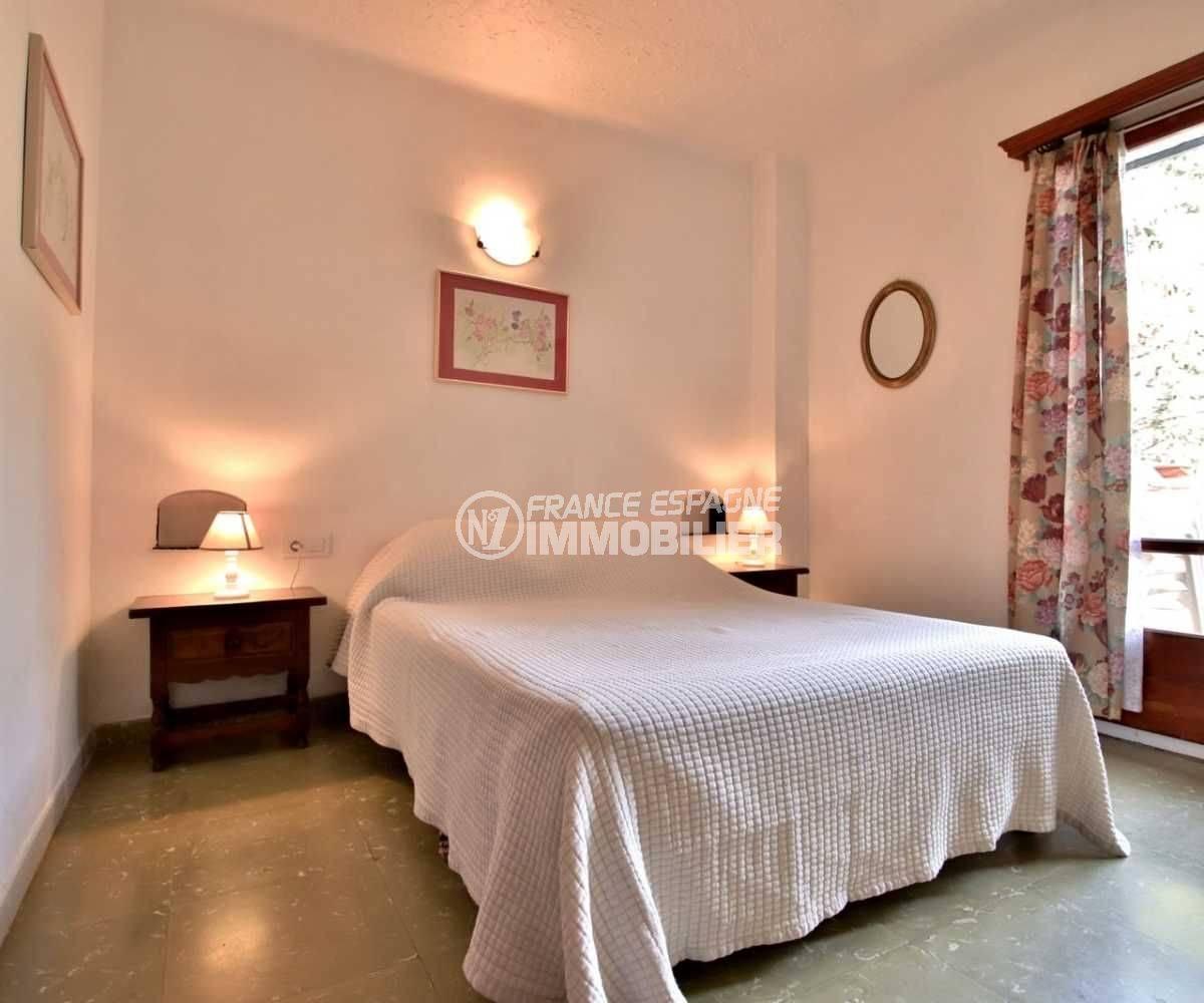 agence immobiliere rosas: appartement ref.3767, aperçu chambre 1 , côté fenêtre
