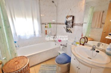 immo espagne costa brava: appartement ref.3749, aperçu de la salle de bains