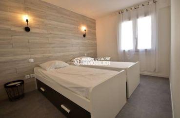 immo roses: appartement ref.3760, deuxième chambre avec 2 lits simples