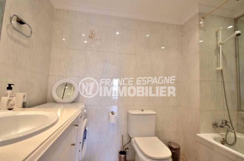 agence immobilière empuriabrava: appartement ref.3758, salle de bains / toilettes