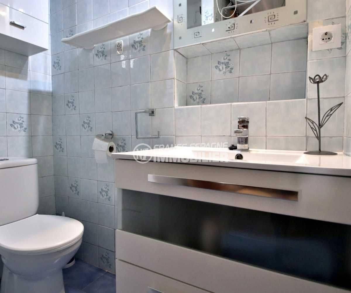 immo espagne costa brava: appartement ref.3767, aperçu salle d'eau coté vasque