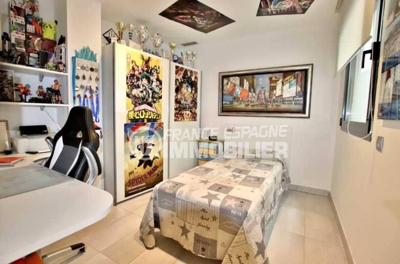 vente appartement rosas, ref.3768, aperçu seconde chambre, décoration jeune
