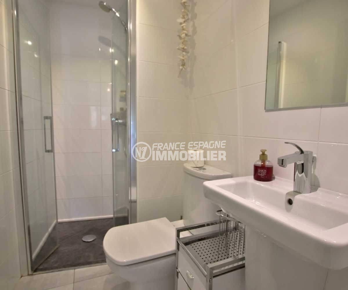 appartement a vendre rosas, ref.3768, seconde salle d'eau