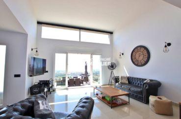 maison a vendre espagne rosas, palau, salon / séjour lumineux accès terrasse et bbq