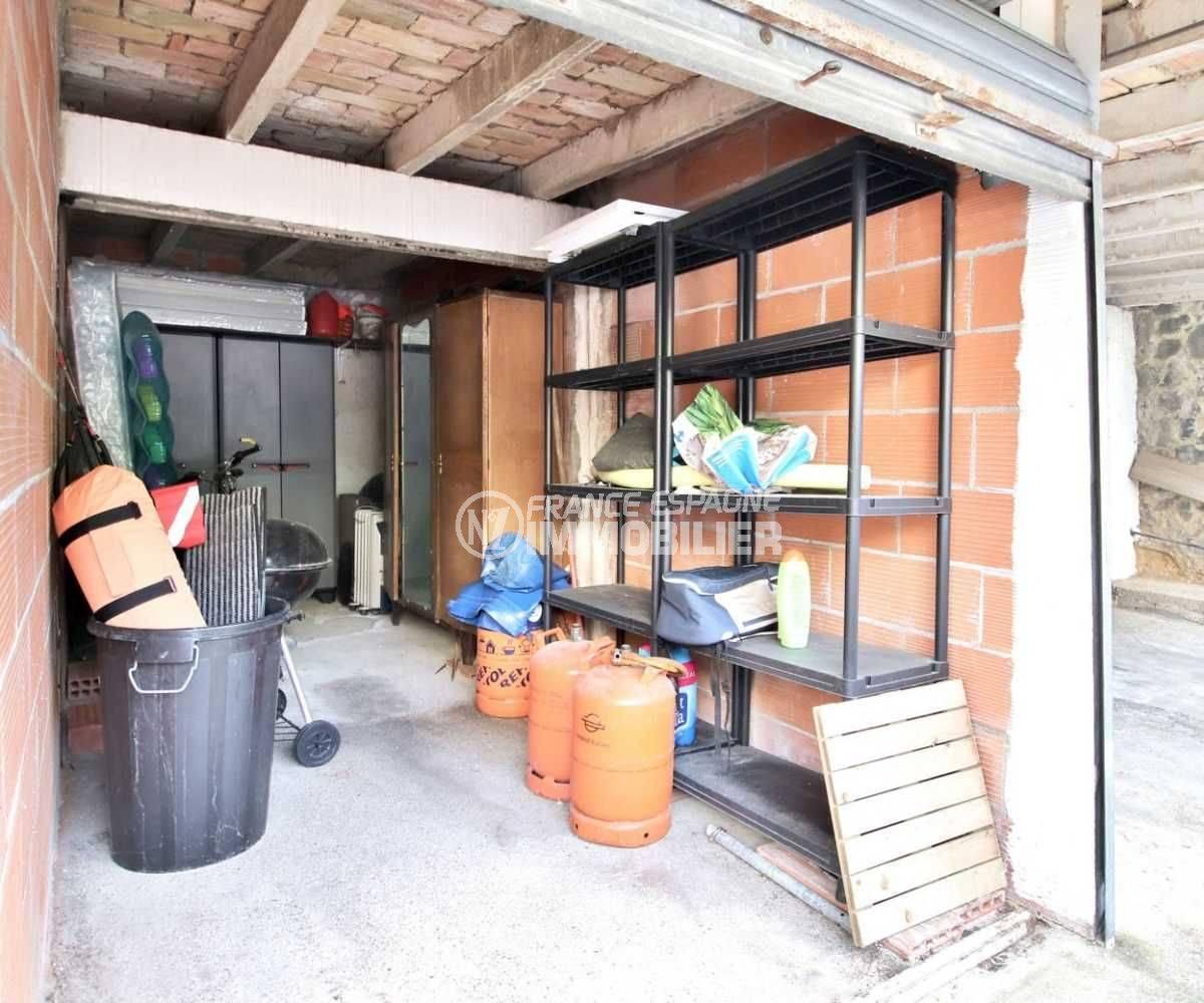 appartement a vendre rosas, ref.3767, vue rapprochée sur le box