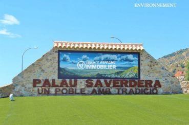 aperçu de l'entrée de la ville palau saverdera à proximité