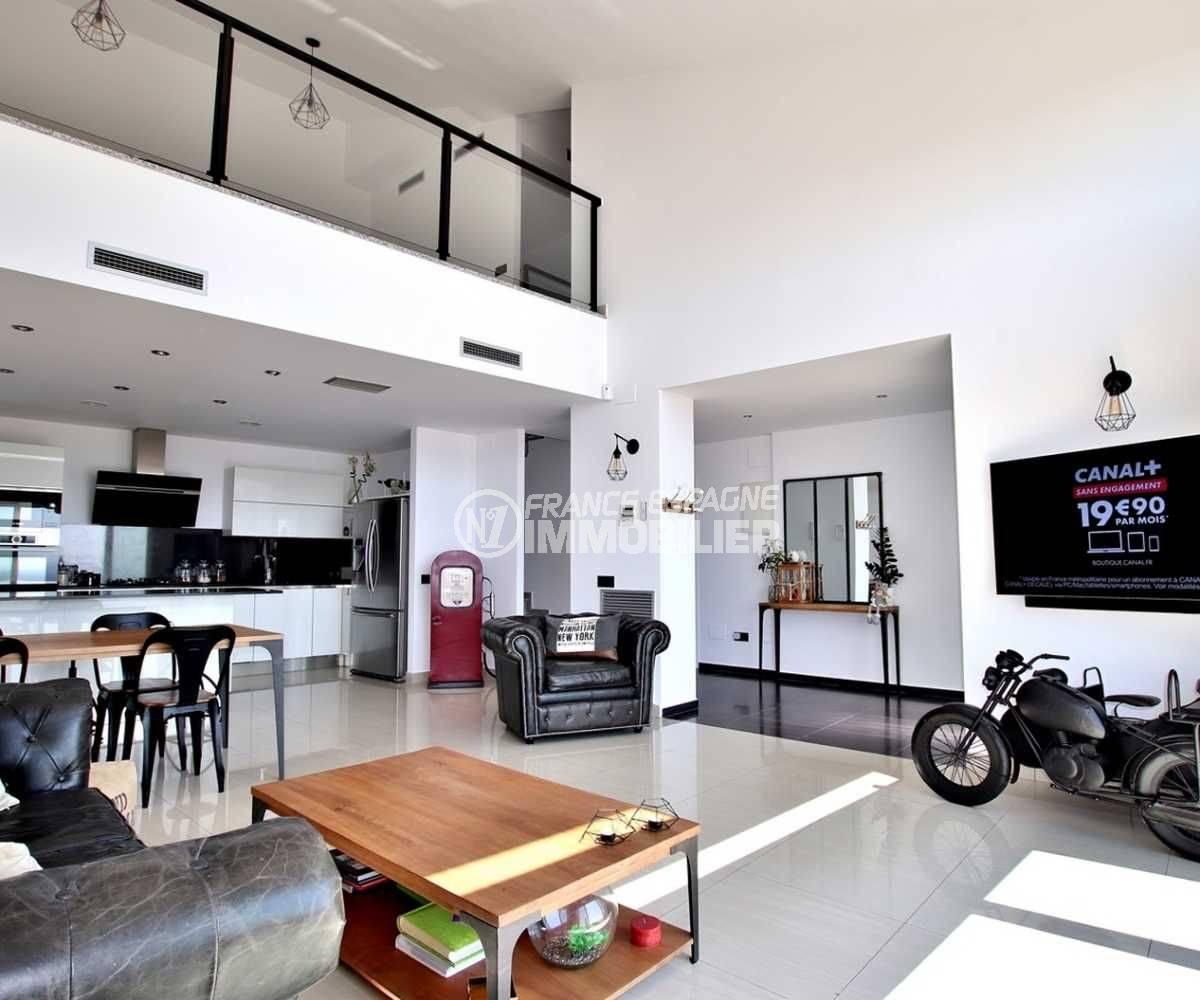 maison a vendre espagne, 241 m², vue sur la mezzanine possibilité d'une 4ème chambre