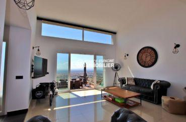 vente maison rosas espagne, palau saverdera, magnifique vue depuis le salon et la terrasse