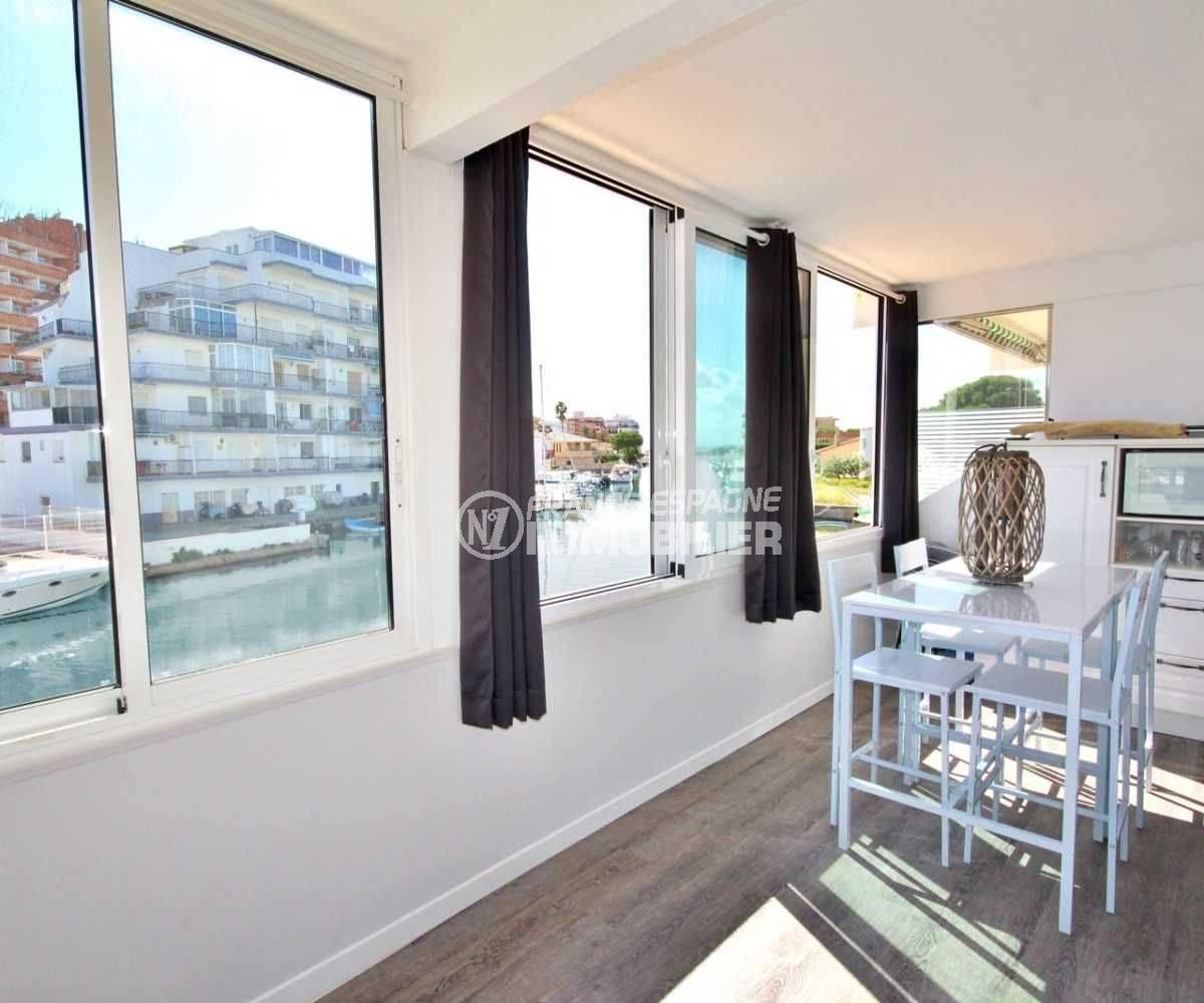 Appartement Santa Margarida vue canal