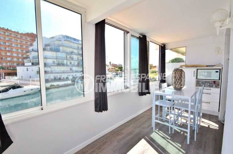 Appartement Santa Margarida vue canal