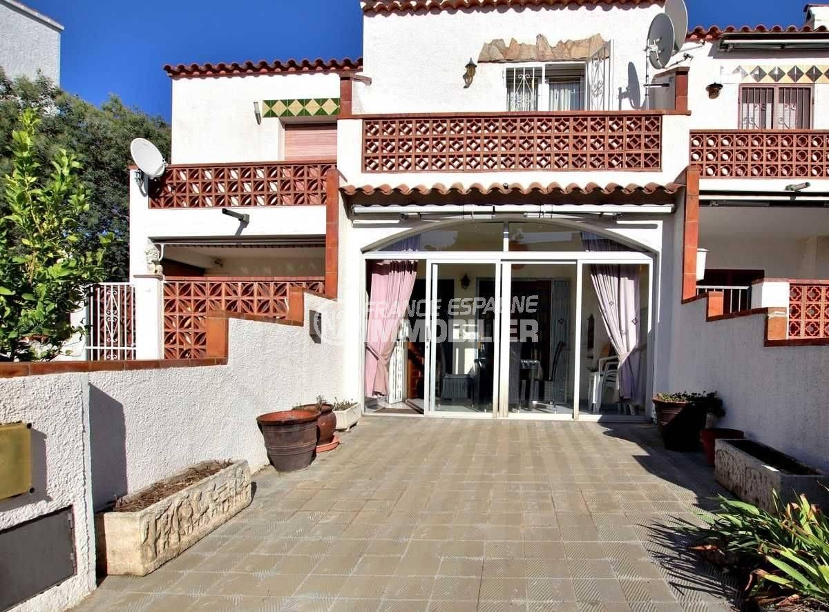 immobilier costa brava: villa adossée ref.3773, exposition sud-ouest, secteur Puig Rom