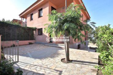 immobilier costa brava: villa ref.3801, avec garage en centre-ville de palau