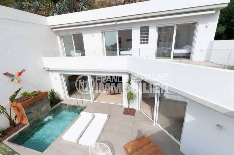 agence immobilière roses: villa moderne avec piscine & vue mer, ref.3803