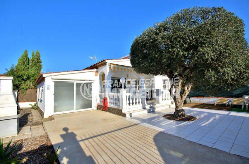 immobilier costa brava: villa ref.3802, belle villa rénovée à 300 m de la plage