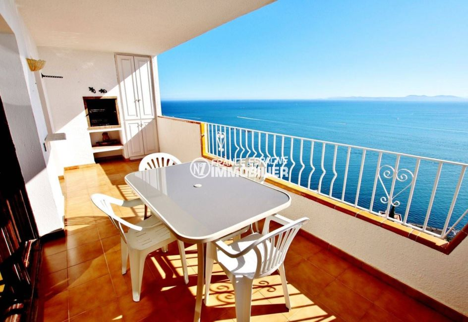 global immo rosas: appartement ref.3774, vue mer 180°, terrasse avec barbecue